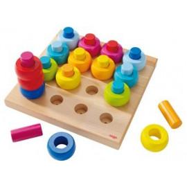jeu à enficher 'anneaux multicolores'